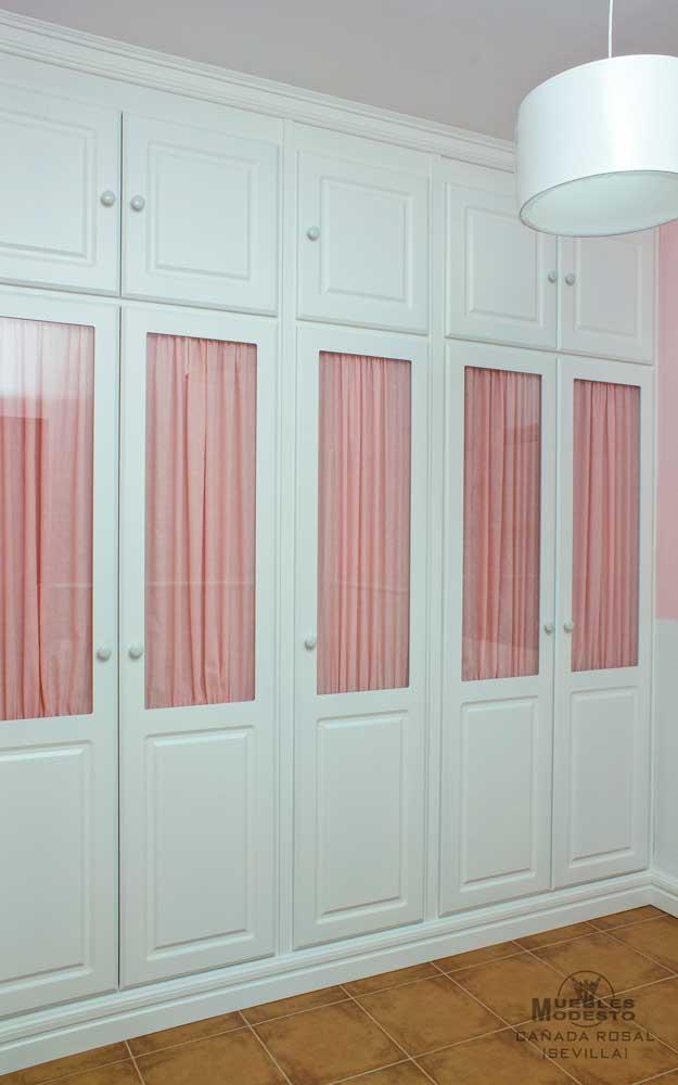 Armarios empotrados a medida muebles modesto for Modelos de puertas para dormitorios