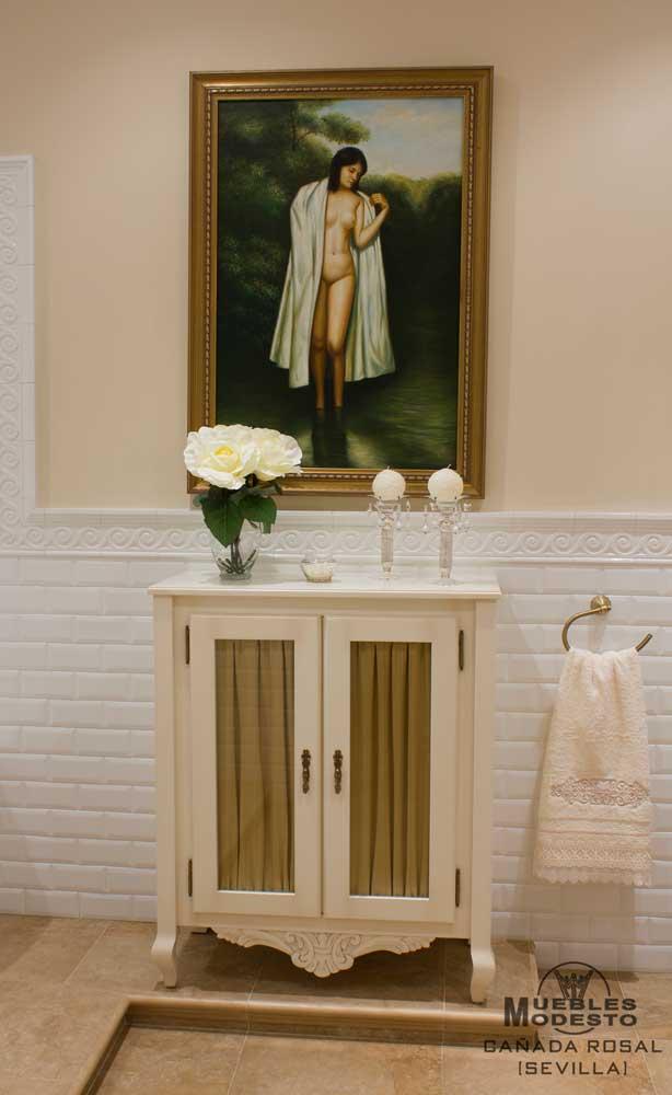 Auxiliar-baño-blanco-semicolumna-visillos