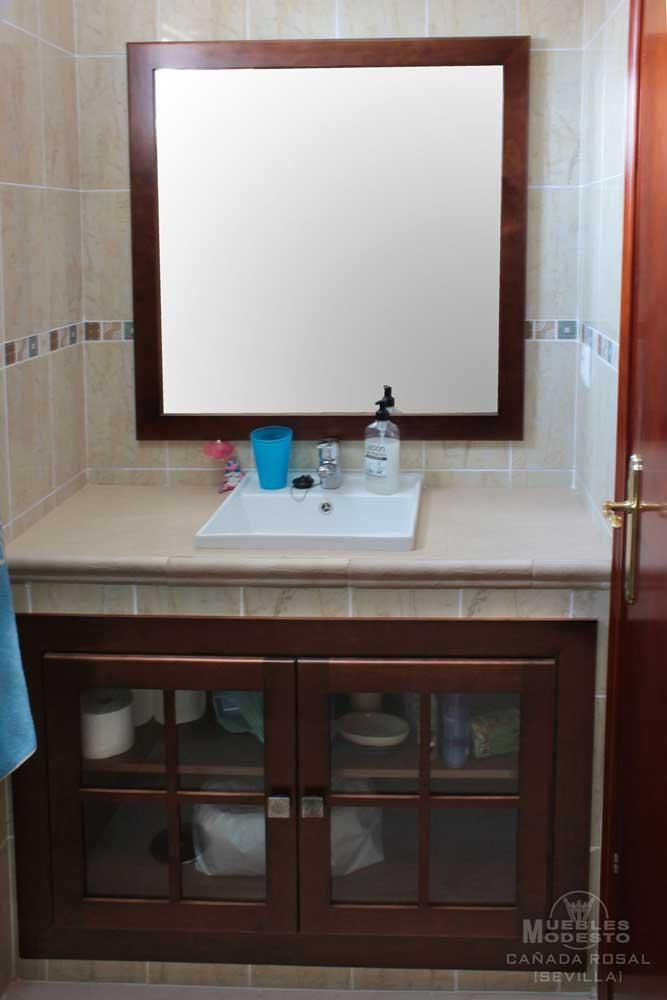 mueble_baño_empotrado_espejo_cruceta