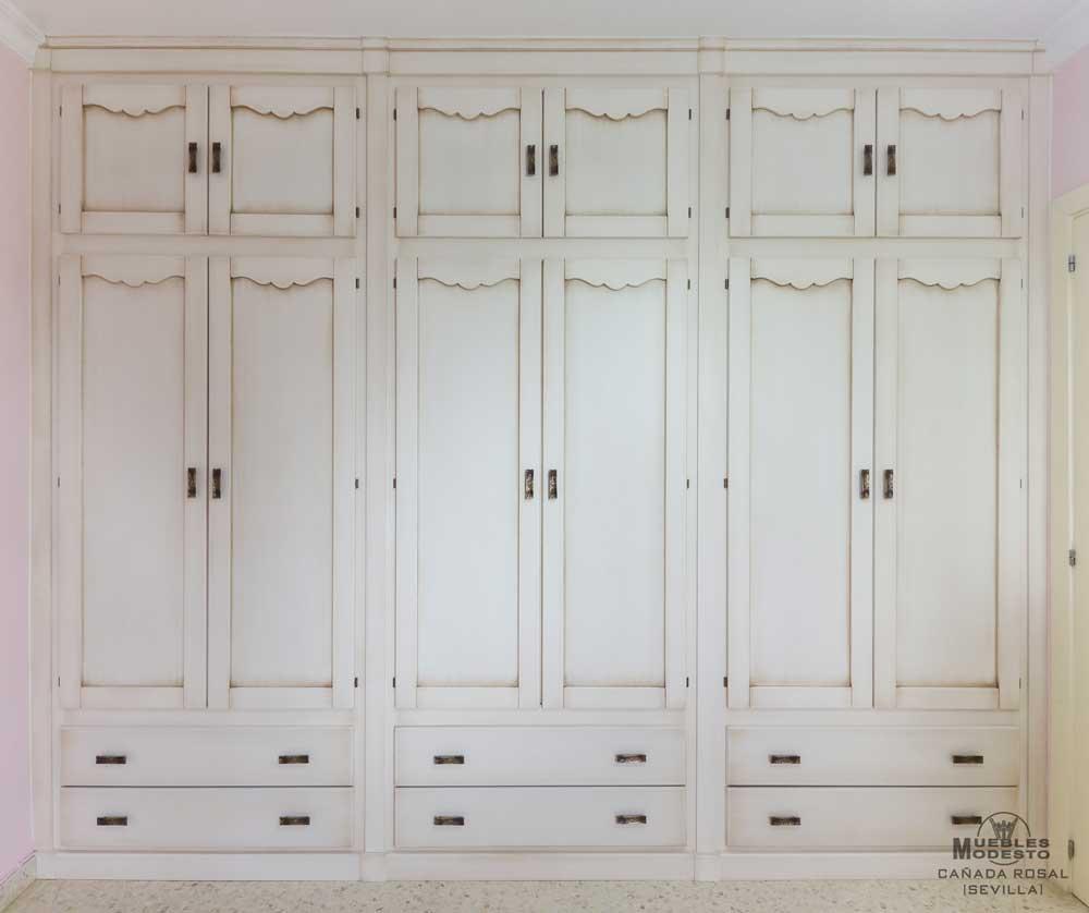 Armario-empotrado-blanco-abatible-altillo-cajones-sin-obra-albañileria