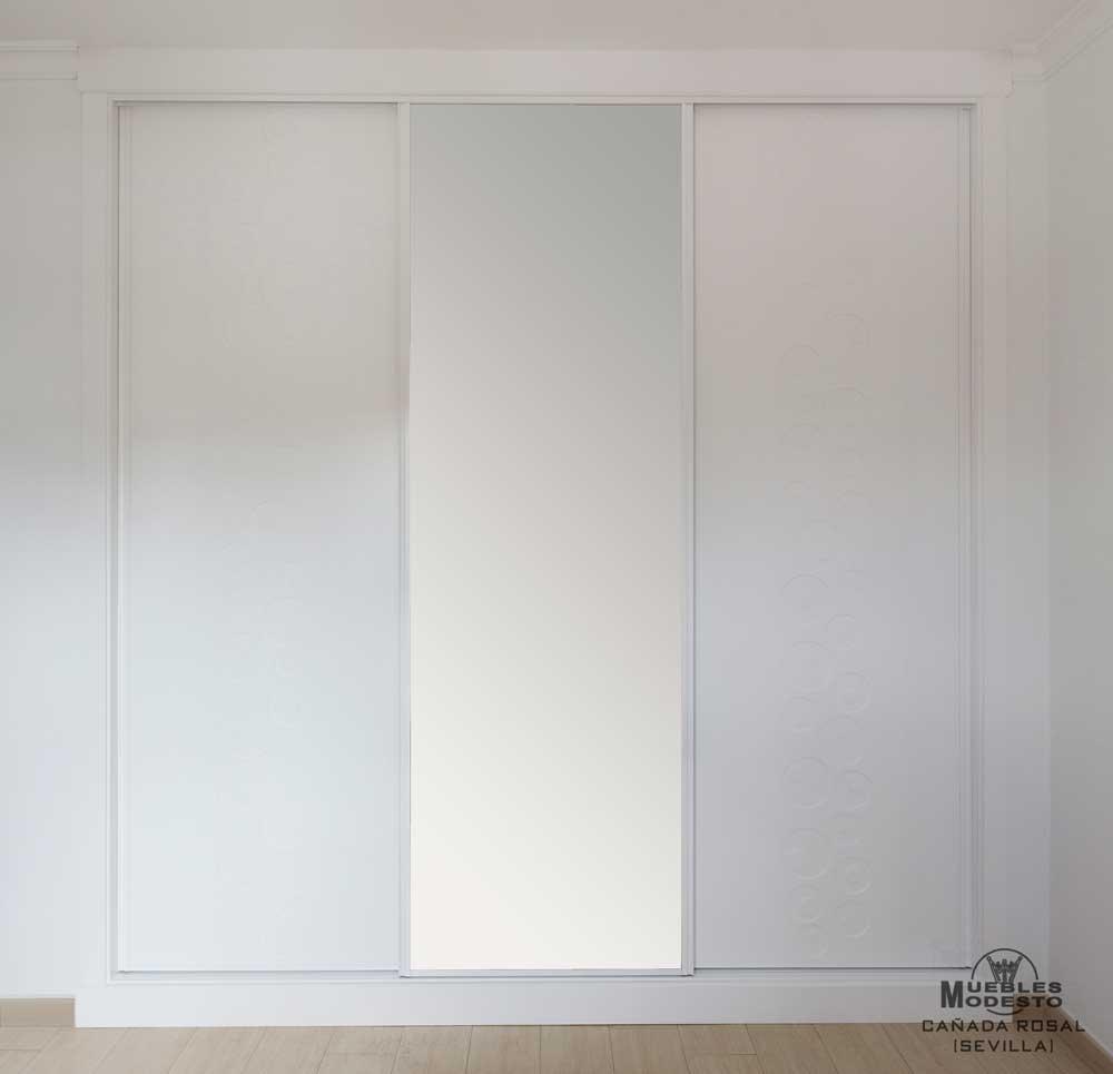Armarios empotrados blancos amazing closet armario a - Armario empotrado barato ...