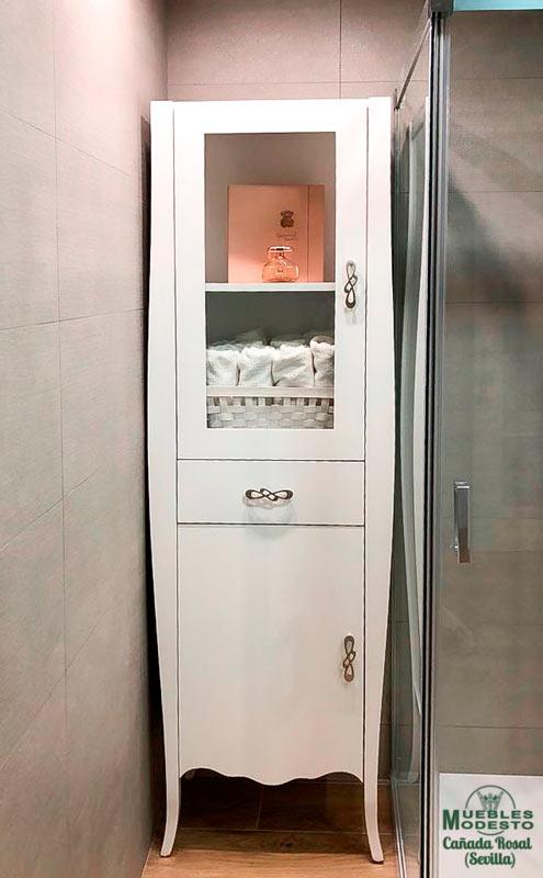 Mueble-bano-vintage-columna-auxiliar-a-medida-blanco