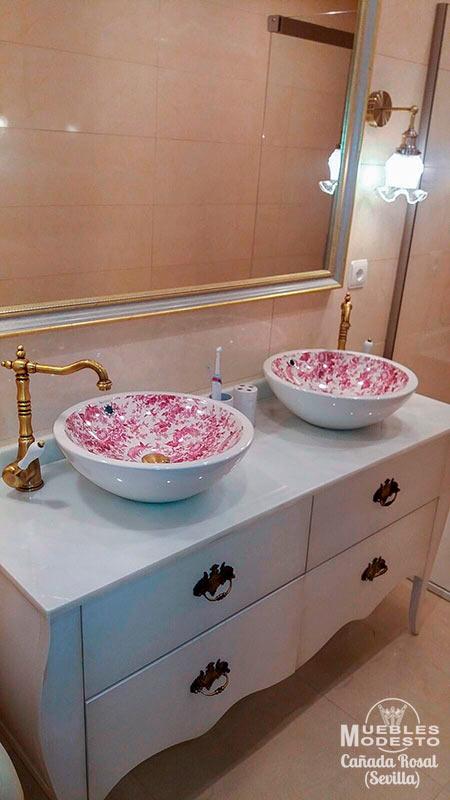 Mueble-vintage-140-lavabo-sobre-encimera-blanco-envejecido